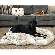 Treat A Dog PupRug Faux Fur Memory Foam Orthopedic Bed (X-Large, White Curve)