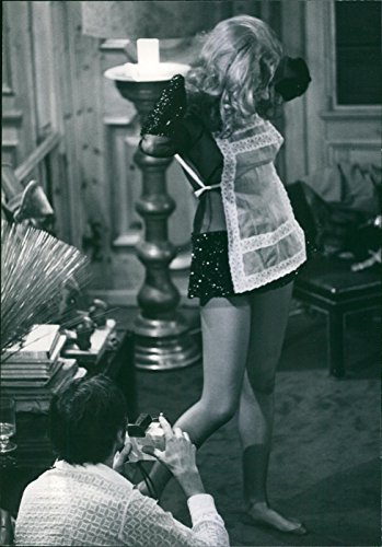Vintage photo of Anita Sanders is a retired Swedish actress and photomodel who was active in the Italian films of the 1960s and (70s Italian)