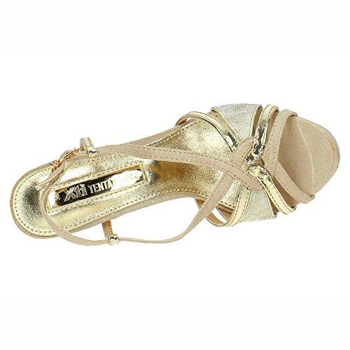 XTI 30679, Sandalia con Pulsera Para Mujer Oro