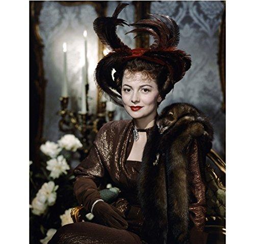 Olivia de Havilland looking regal in furs 8 x 10 Inch Photo