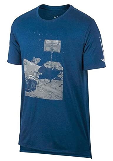 038769a9f333 Image Unavailable. Image not available for. Color  Nike Men s Dry Moonshot  Dri-Fit Graphic T-Shirt