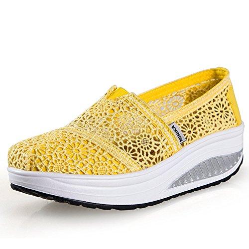 Wakende Damesschoenen Casual Kanten Ademende Dikke Voet Slip Op Fashion Wedge Sneakers Van Btrada Yellow