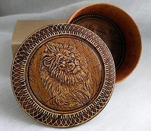 - Tourmania Round Decorative Trinket Birch Bark Wooden Box Animals (Lion)