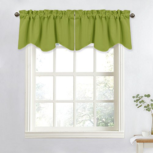 Scalloped Green (NICETOWN Window Treatment Room Darkening Valance - Kitchen Curtain 52-inch by 18-inch Scalloped Valance (Green, 1 Panel))