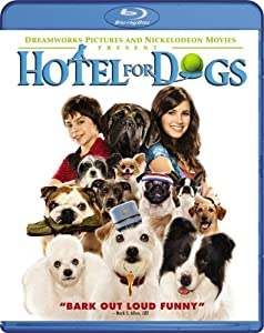 Cover Image for 'Hotel for Dogs'