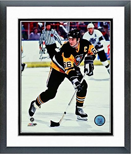 Mario Lemieux Framed Photo (Mario Lemieux Pittsburgh Penguins NHL Photo (Size: 18