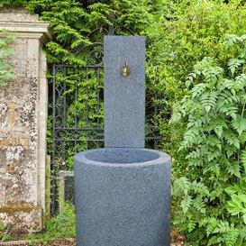 rve de jardin moderne fontaine de jardin en pierre belluno pierre gris - Fontaine De Jardin Moderne