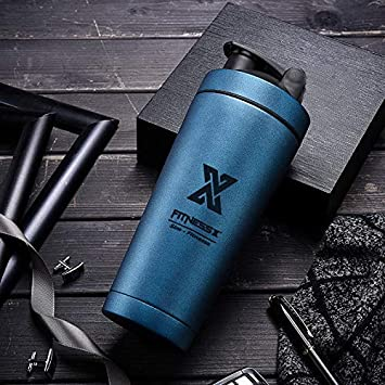 PLC020 - Coctelera de acero inoxidable, 700 ml, para hacer deporte, para hacer deporte, para hacer proteínas, huevo, coctelera, con bola, color azul