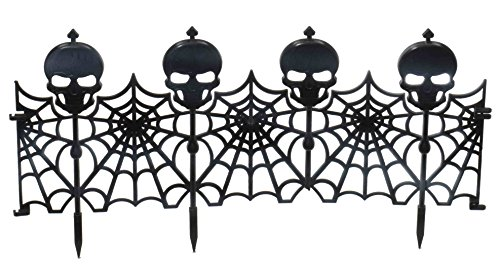 Forum Novelties 24-Piece Gothic Skull Fence Lawn Decoration, (Skull Lawn Stakes)