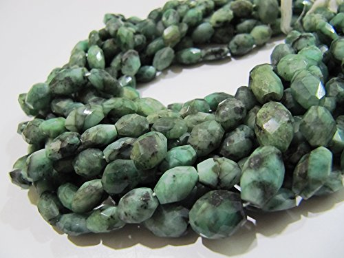 SALE- Natural Emerald Oval Faceted Beads / Size approx 7x9mm to 8x10mm Precious Stone Beads / Mani Shape Beads / Sold Per Strand 13 inch long 8x10mm Faceted Oval Bead