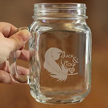 Plumas de Grabado de Mason Jar personalizada nombre y fecha tarro de cristal tazas personalizados regalo de bodas novia y novio gafas taza jarra Boda ...