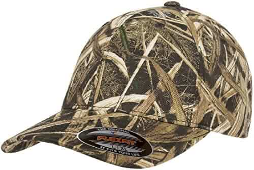 quality design 36b6a f1fed Flexfit Fitted Low Profile Mossy Oak Camo Cotton Hat with Curved Visor