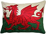 FILLED EVANS LICHFIELD WALES WELSH ST GEORGE MADE IN UK FLAG CUSHION 43 X 33CM For Sale