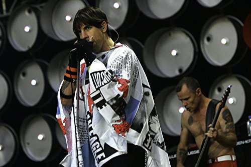 Anthony Kiedis of The Red Hot Chili Peppers performing at Live Earth at the Wembley Stadium in London Photo Print (30 x 24)