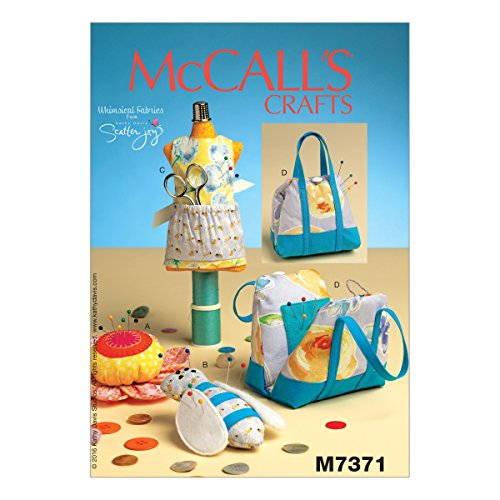 McCall's Patterns M7371 Mannequin, Purse, Flower & Bee-Shaped Pin Cushions, One ()