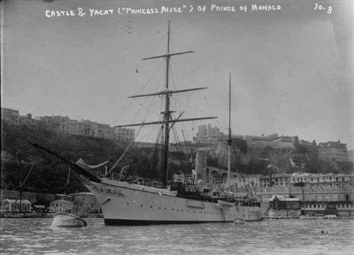 princess-alice-yacht-of-prince-of-monaco-castle-in-background-monaco-vint-b1