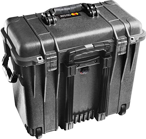 (Pelican 1440 Camera Case With Foam (Black))