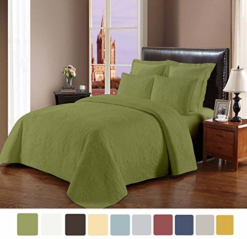 NC Home Fashions Cameo embroidered style solid color quilt set, Full/Queen, Fern