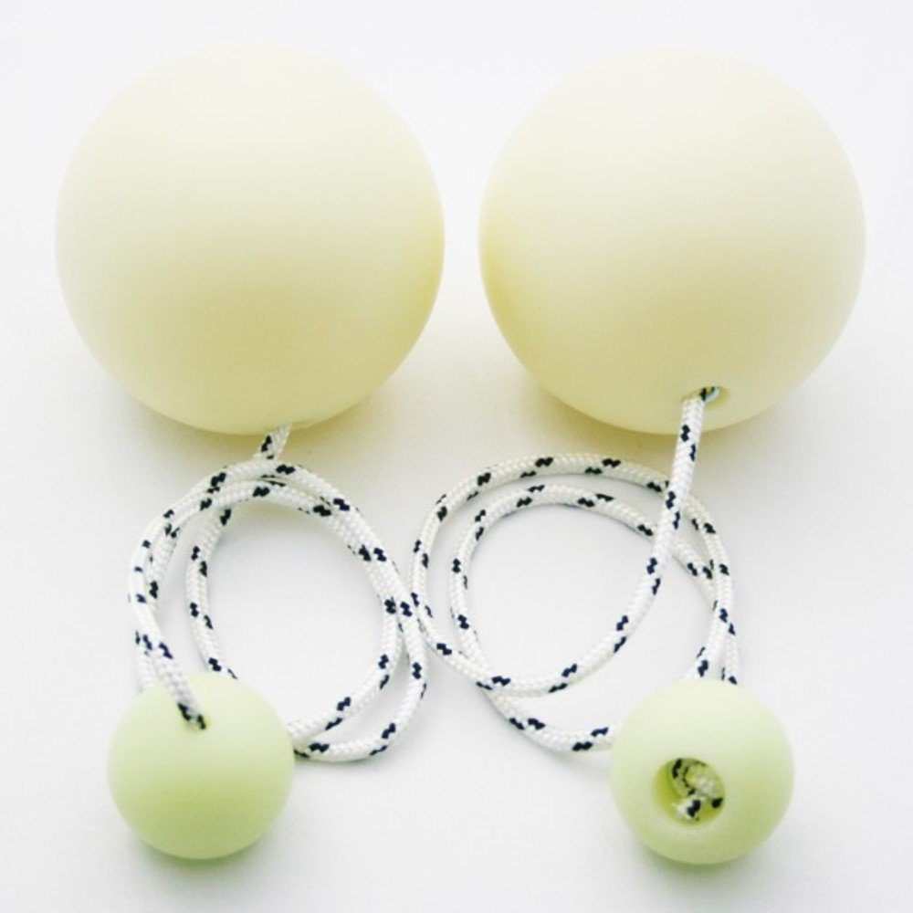 Play Pair of Contact Poi Pro with 90mm Stage Ball (Glow in The Dark) by Play (Image #4)