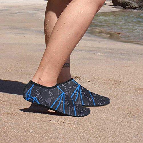 Justonestyle Nbera Scarpe Di Pelle Dacqua Flessibile A Piedi Nudi Calze Aqua Per Beach Swim Surf Yoga Esercizio Blu Nero