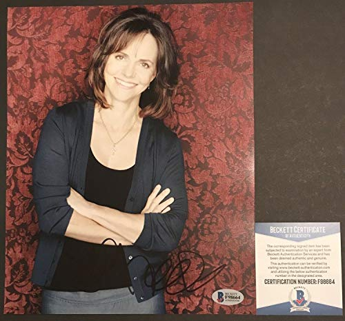 Oscar Winner Sally Field Autographed Signed Memorabilia Brothers And Sister 8x10 Photograph #1 Beckett ()