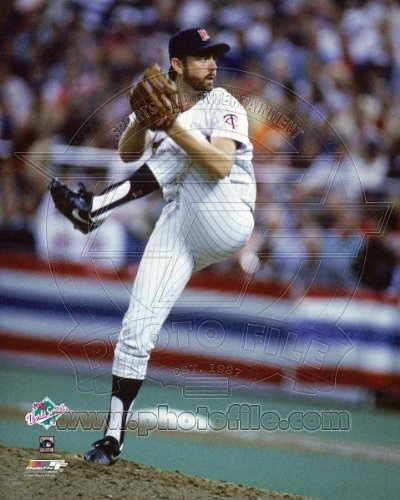 1987 World Series Teams - Bert Blyleven Minnesota Twins 1987 World Series Game 2 Action Photo 8x10
