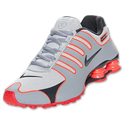 separation shoes 6ad89 a156f Amazon.com | Nike Men's Shox NZ Fuze Running Shoes (11.5 ...