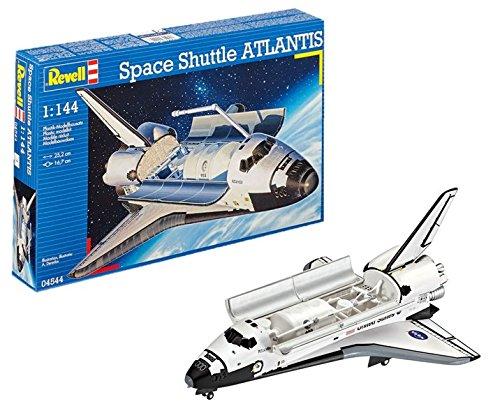 Landing Space Shuttle Atlantis (Revell Germany Space Shuttle Atlantis Model Kit)