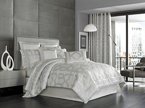 Five Queens Court Kennedy 4-Piece Comforter Set, King