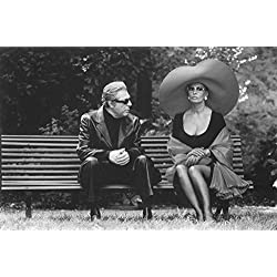Marcello Mastroianni and Sophia Loren - Poster Art Print