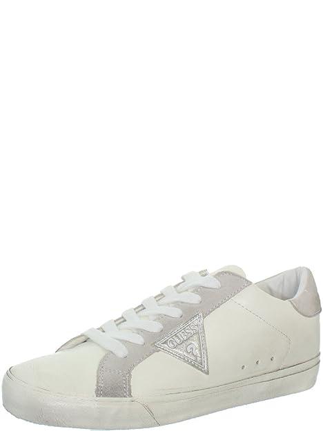 bastante baratas belleza ropa deportiva de alto rendimiento Guess Mujer Vega Zapatillas de Tenis Blanco Size: 41: Amazon ...