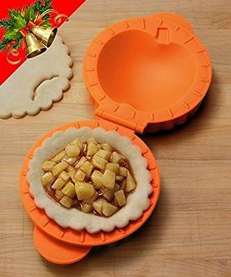 Sanhei Mini-Pie Pan Mold with Apple Strawberry Empanada Maker