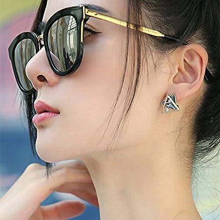 LongShen Hot Charm 1Pair Stylish Fashion Gold Plated Crystal Pierced Earrings 8780 White