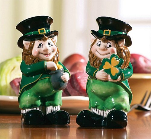 Cute Whimsical Lucky Irish Leprechaun Decor Salt & Pepper Shaker Set Shamrock Pot of Gold Kitchen Dining Room Decoration Home Accent Collectible Ceramic Figurine Spice Shakers