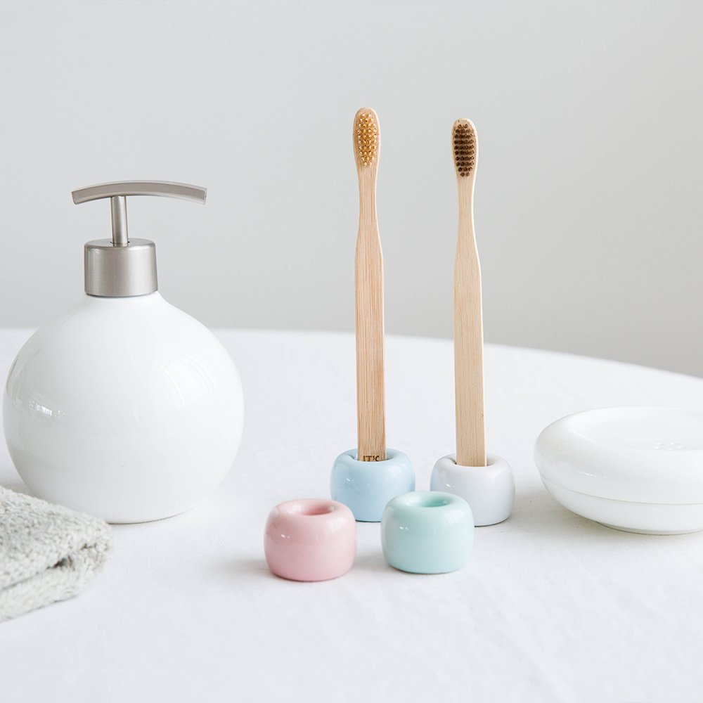 urtoys 2pcs del Norte de Europa estilo sencillo cerámica soporte para cepillos de dientes cepillo de dientes de porcelana baño almacenamiento organizador ...