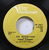 tommy flanders 45 RPM the moonstone / between purple and blue