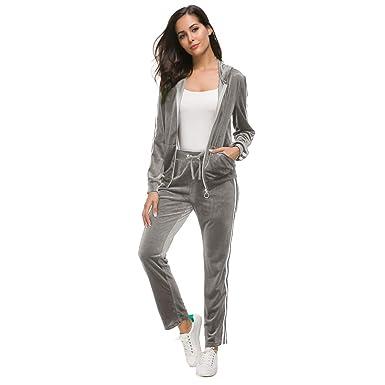 Amazon.com: Conjunto de traje de velour con capucha y ...