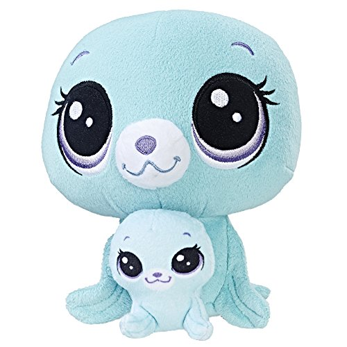 Littlest Pet Shop Vita Arcticson and Pinney Arcticson Plush ()