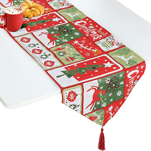 Such a lovely table runner! Perfect for the Holidays!
