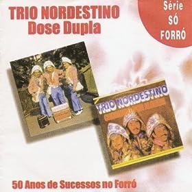Amazon.com: Cocô Na Ponta do Pé: Trio Nordestino: MP3 Downloads