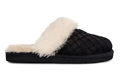 a6d5bb88f7a53 Image Unavailable. Image not available for. Colour: UGG Womens Cozy Double  Diamond Slipper Black Size 8