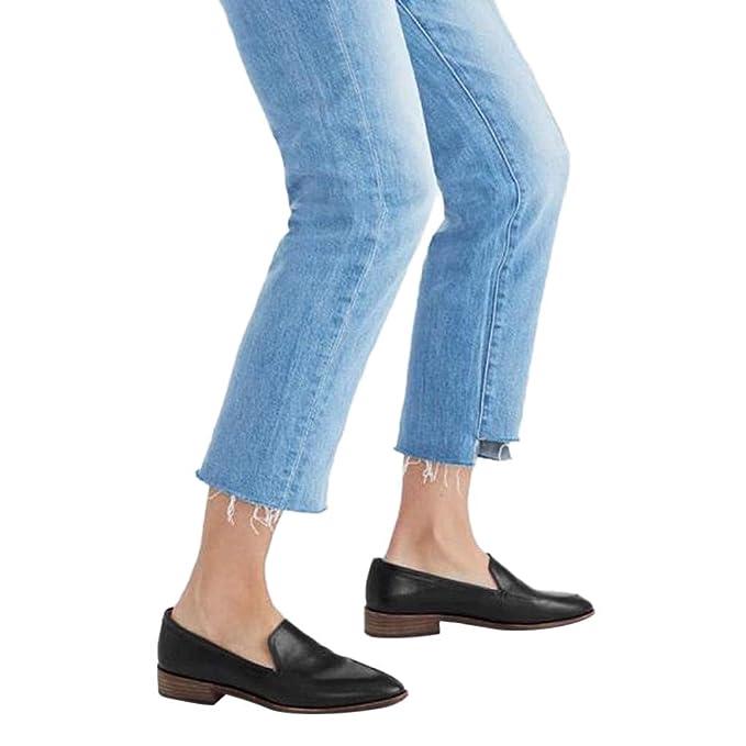 4fc3be2e3c2 Amazon.com  Flat Sandals