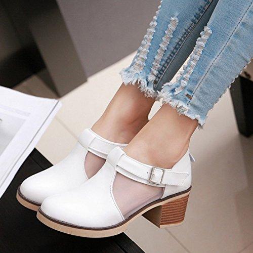 d2207d688d ... AIYOUMEI Damen Knöchelriemchen Blockabsatz Pumps mit 6cm Absatz und  Schnalle Bequem Schuhe Weiß