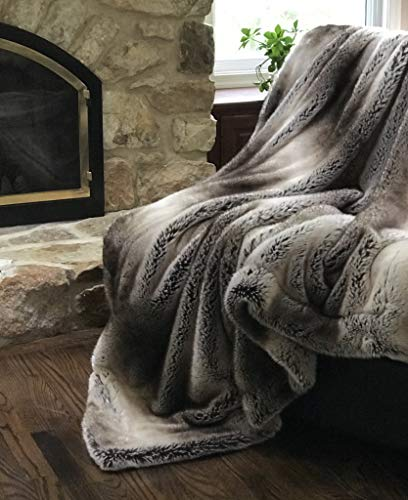 Eikei Luxury Faux Fur Throw Blanket Super Soft Oversized Thick Warm Afghan Reversible to Plush Velvet in Tan Grey Wolf, Cream Mink or Blush Chinchilla, Machine Washable 60 by 70 Inch (Tan Ombre) (Real Fur Throws)