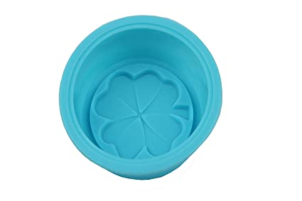4ea8778e8c8e Image Unavailable. Image not available for. Color  Olyer Soap Molds - Four  Leaf Clover Grass Round Silicone Mold ...