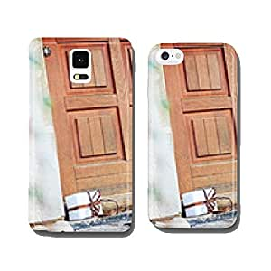 white gift in front of a house door - post cell phone cover case iPhone6