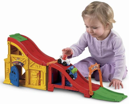 Fisher Price Little People Wheelies Rev N Sounds Race Track Toys Games Toys Play Vehicles Toy Car Sets