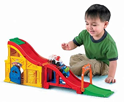 Fisher-price Little People Wheelies Rev N Sounds Race Track from Fisher-Price