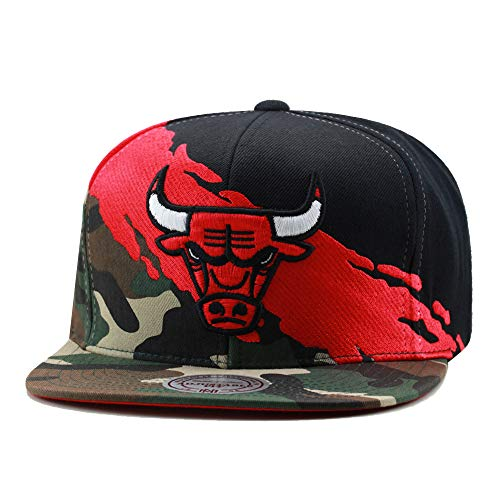Mitchell & Ness Chicago Bulls Paintbrush Snapback Hat Cap Black/Red/Camo – DiZiSports Store