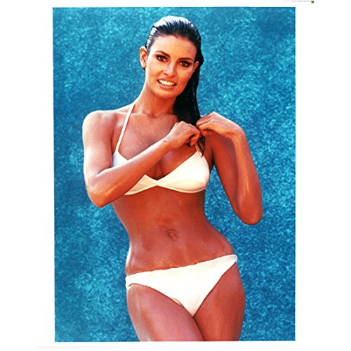 (Raquel Welch 8x10 Photo One Million Years B.C. The Three Musketeers Legally Blonde All Wet in Skimpy White Bikini)